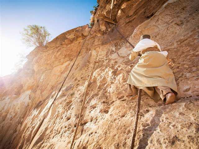Ethiopia_rock_church-25fa652d17aa